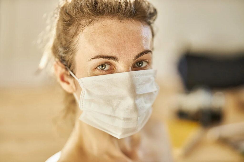 jak pomóc pracownikom w czasie pandemii